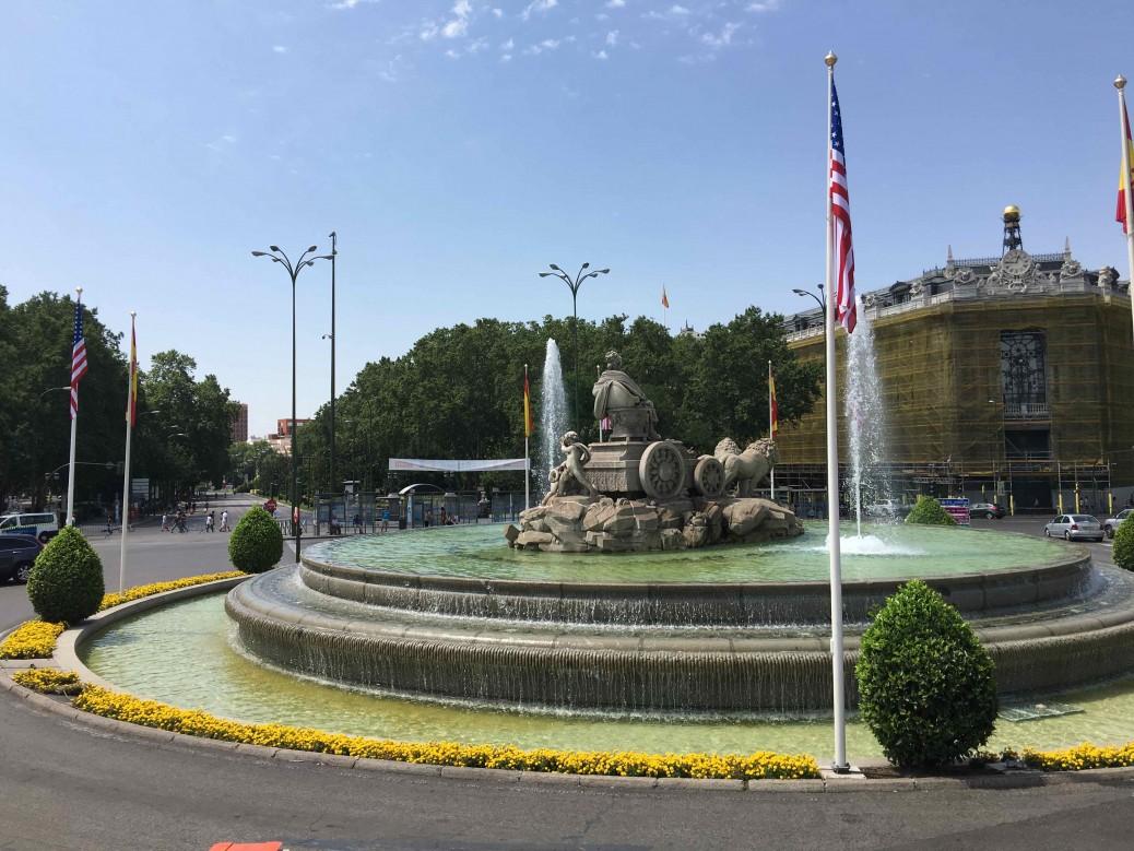 10 lugares imperdibles de Madrid - Plaza de Cibeles