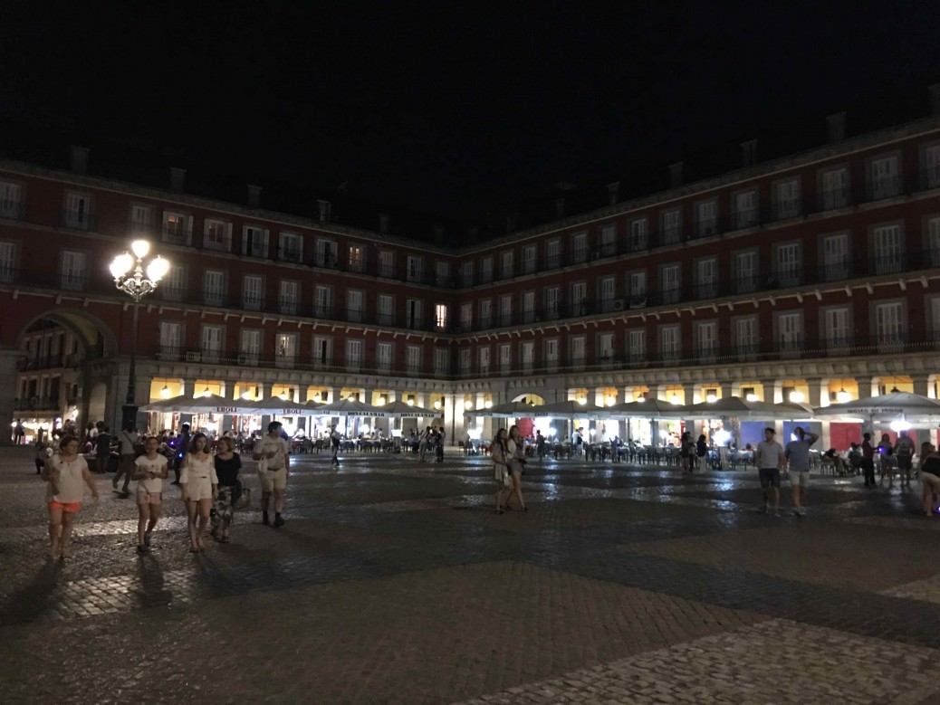 10 lugares imperdibles de Madrid - Plaza Mayor