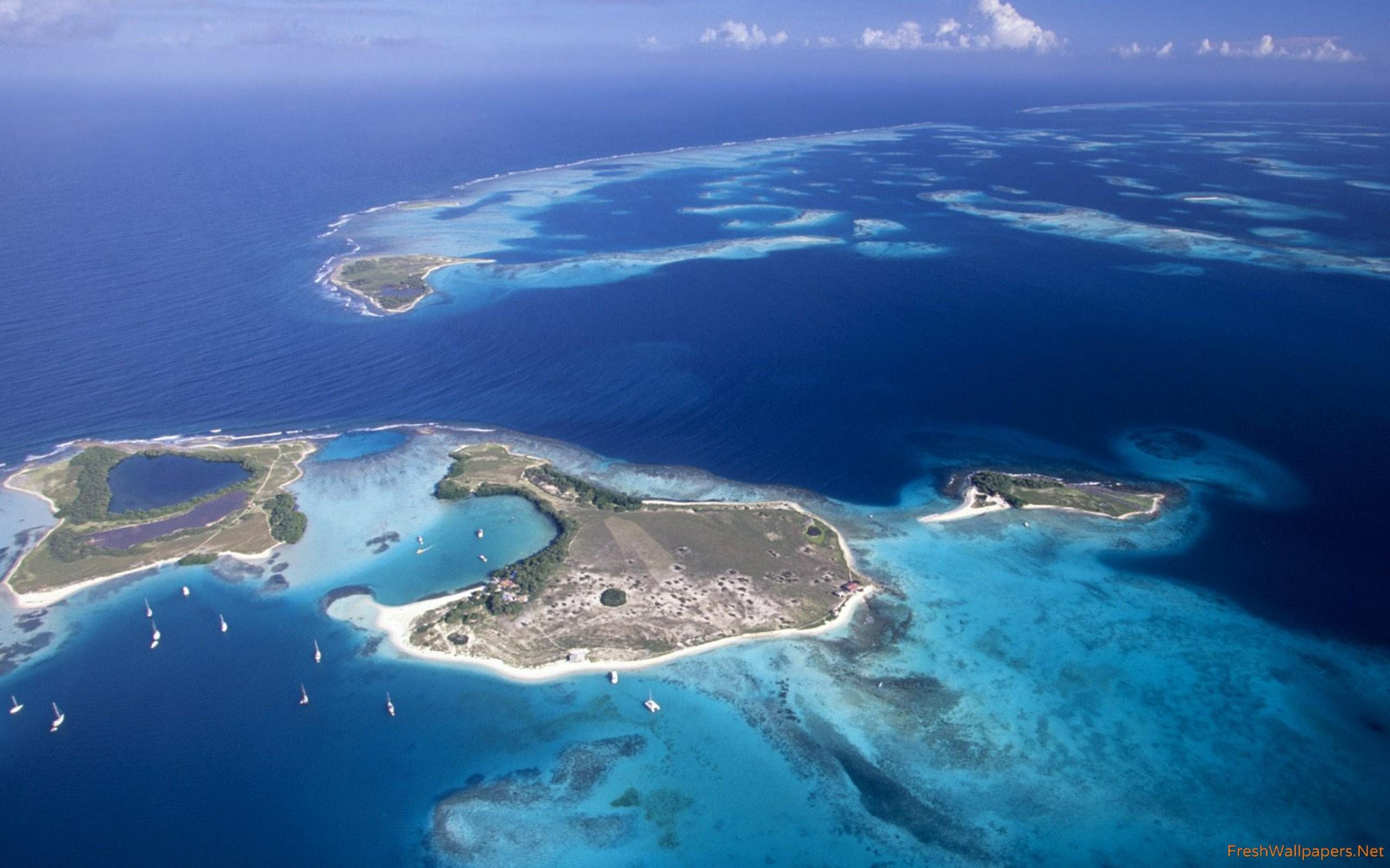 vista-aerea-del-archipielago-de-los-roques