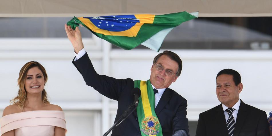 Macri y Bolsonaro pegados en redes