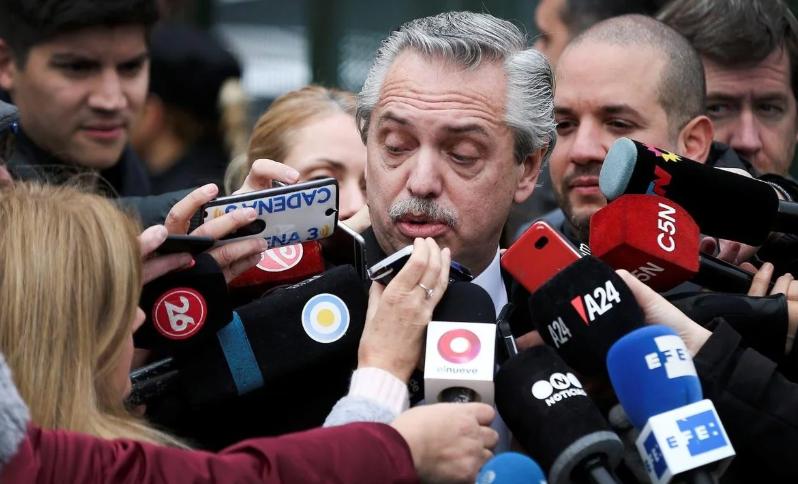"""En las redes, el """"día de furia"""" contra el periodismo le salió caro a Alberto Fernández"""