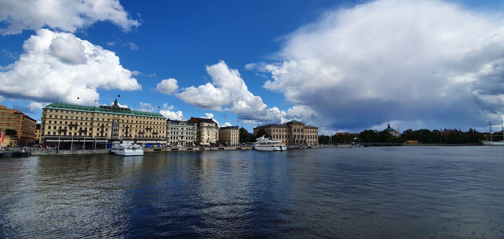 Tres noches en Estocolmo. Tercera parte
