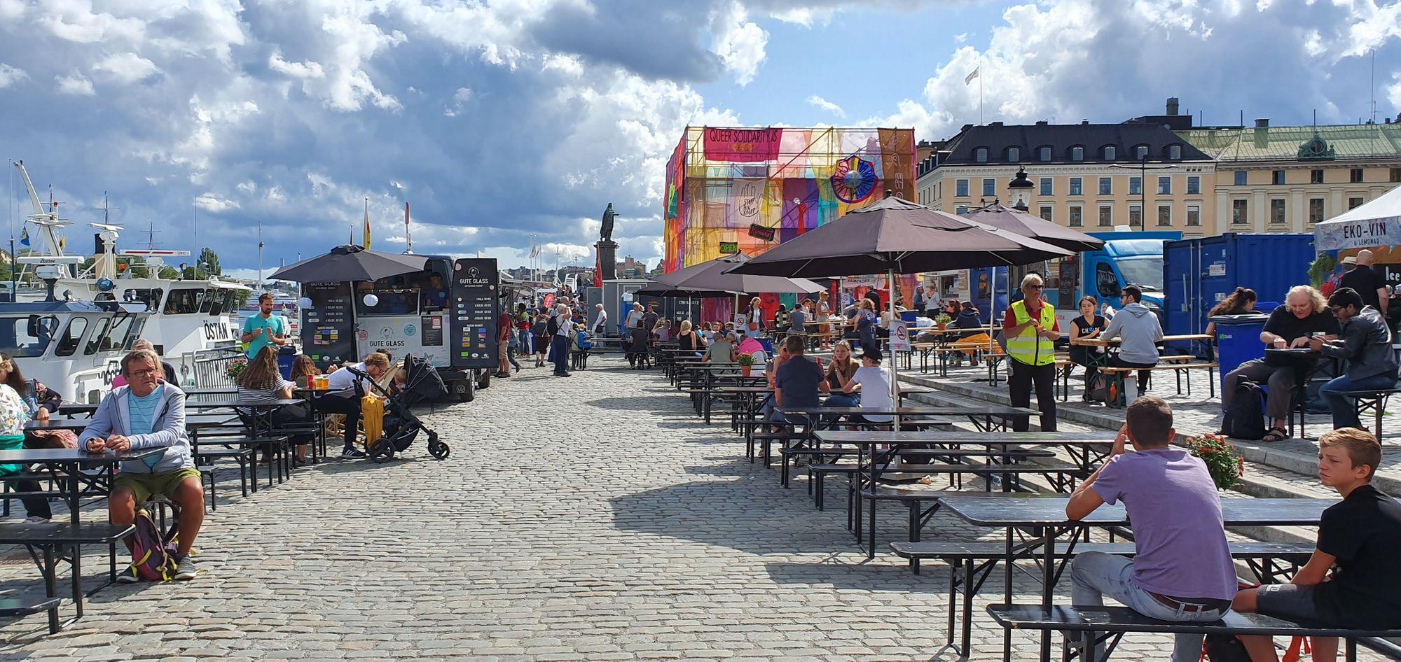 El foodtruck park del Stockholms Kulturfestival es todo un lujo en variedad y orden.