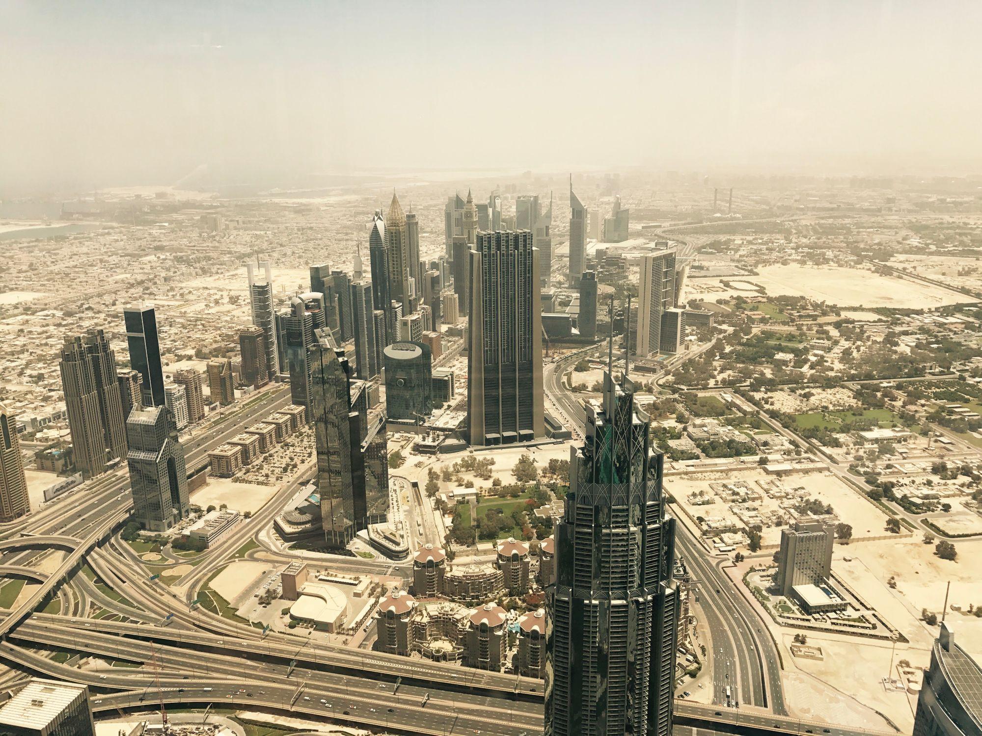 Vista desde el piso 124 del Burj Khalifa