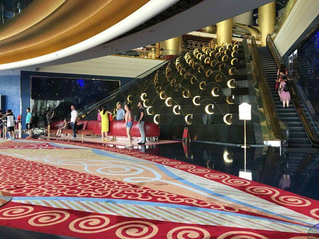 Lobby del Burj Al Arab