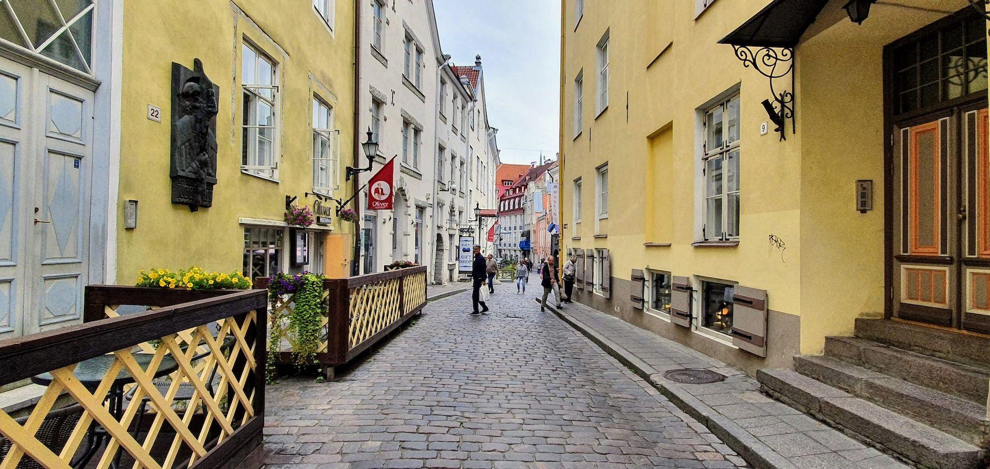 Perdiéndose en la calles de Tallinn
