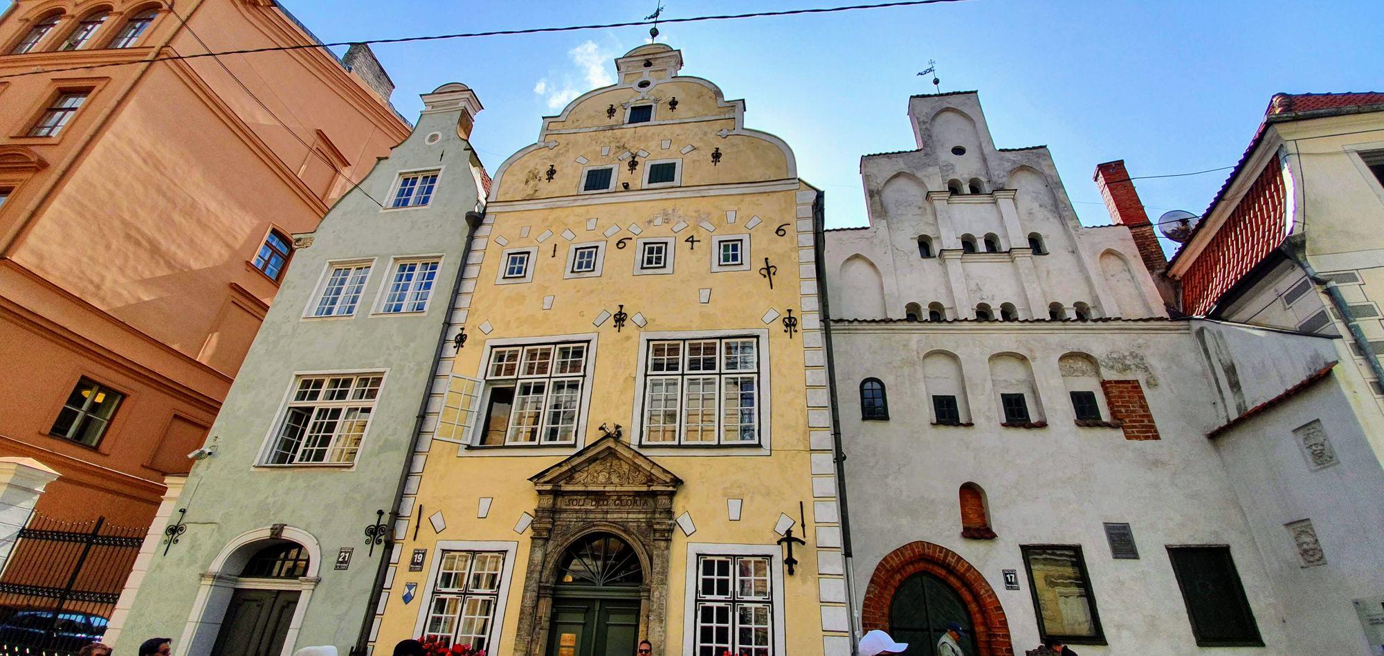 Los Tres Hermanos. Riga, Letonia