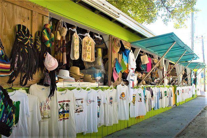 Feria de compras del Parque de las cascadas del Río Dunn