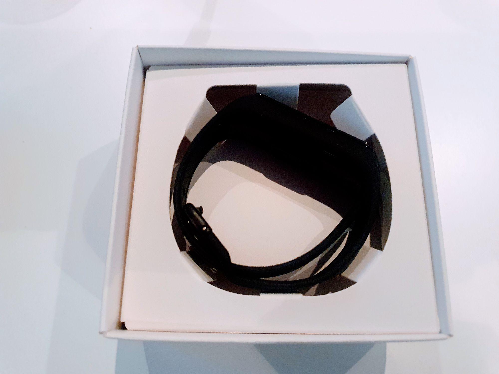 Embalaje superior de la pulsera Galaxy Fit 2